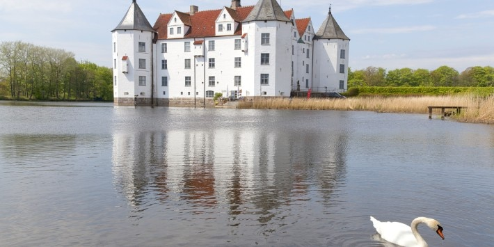 Castle in Gl�cksburg