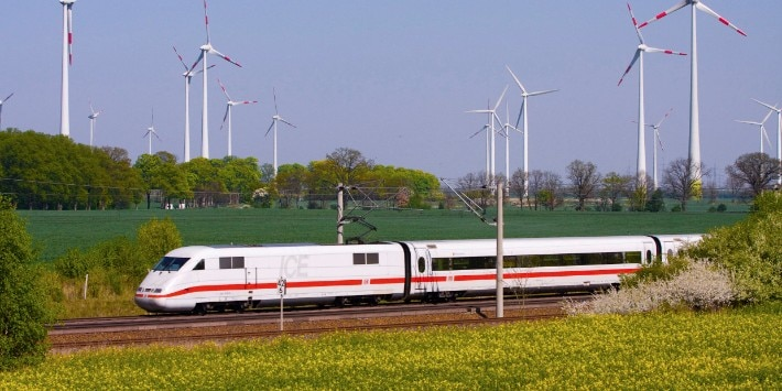 ICE 1 Baureihe 401 auf der SFS von Berlin Richtung Hannover bei Quermathen