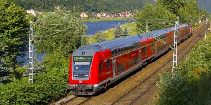 S-Bahn Dresden bei Bad Schandau