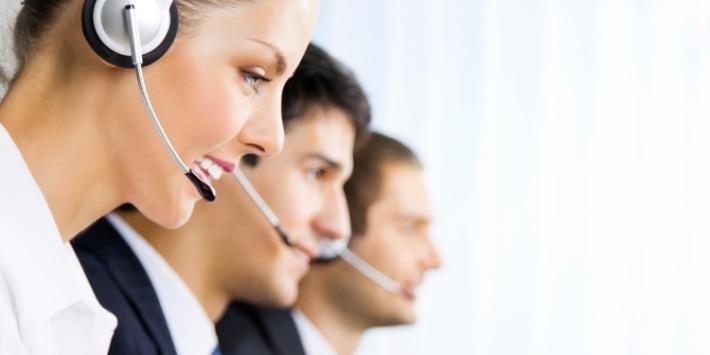 Mitarbeiter einer Service-Hotline