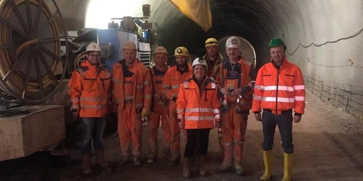 Gruppenbild mit Tunnelpatin Monika