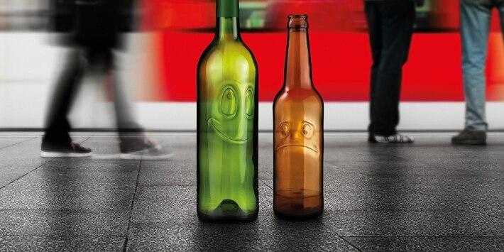Flaschen am Bahnsteig