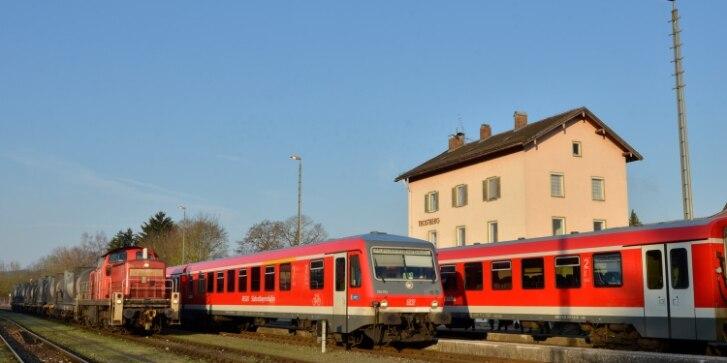 Trostberg, Züge