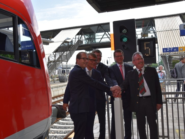 Inbetriebnahme des zweiten Gleises Mühldorf-Tüßling