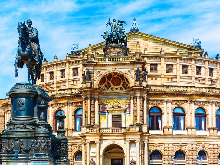Scenic summer view of Semper Opera House
