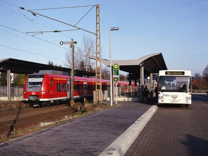 S-Bahn-Zug BR 424, Bus