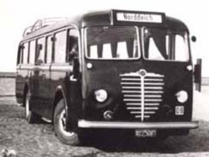 Bus 20er Jahre in Norddeich Mole
