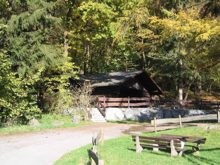 Hütte am Wanderweg