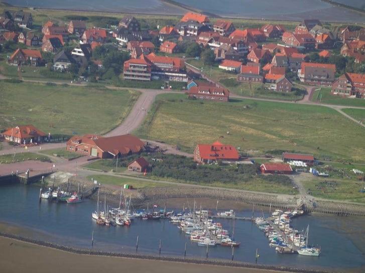 Baltrum, Insel und Hafen