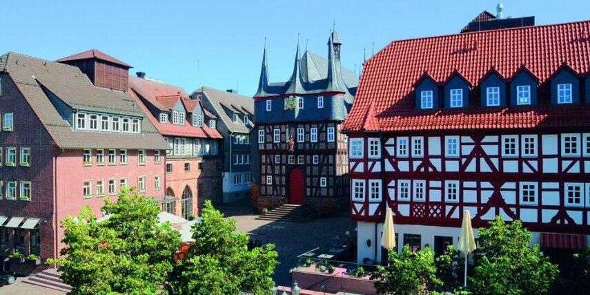 Marktplatz mit Rathaus in Frankenberg (Eder)