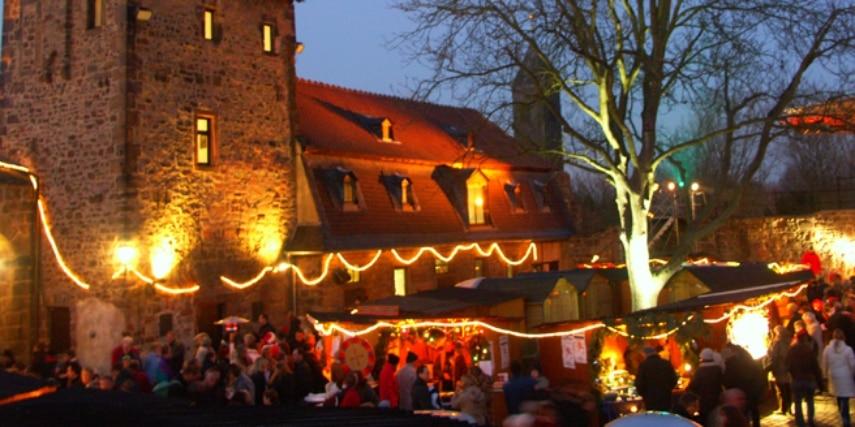 Weihnachtsmarkt in der Wasserburg