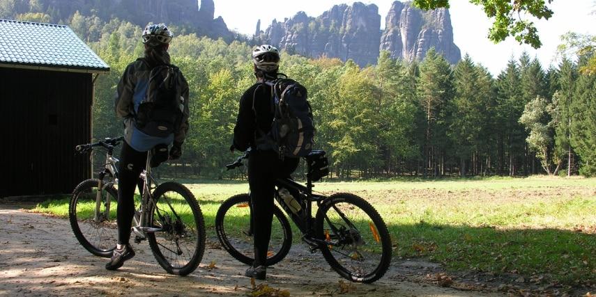 Radfahrer Wildwiese