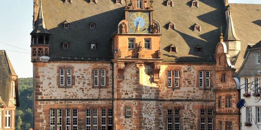 Rathaus auf dem Marktplatz in Marburg
