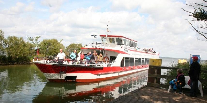 Ankunft Linienschiff am Bolter Kanal