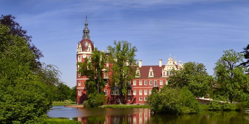 Muskauer Park mit Schloss