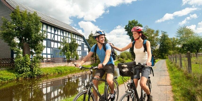 Fahrradfahrer, Lahntalradweg