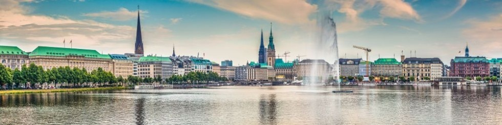 Panoramic view of famous Binnenalster