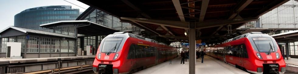 Begegnung Regionalzüge in Friedrichstraße