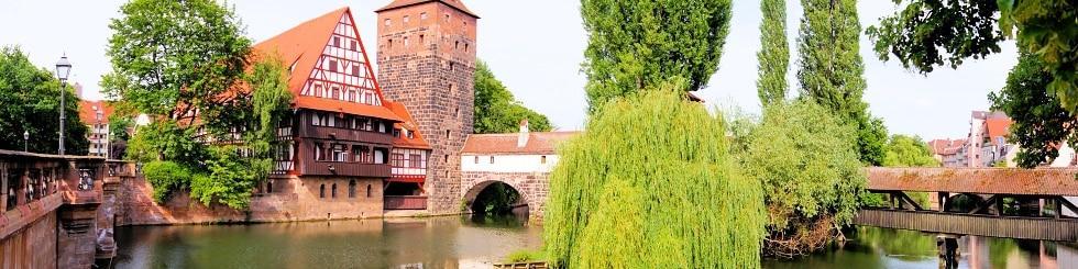 Blick über den Henkersteg in Nürnberg