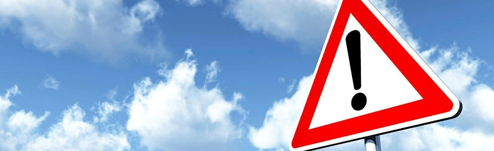 Verkehrsschild, Warnung, Achtung
