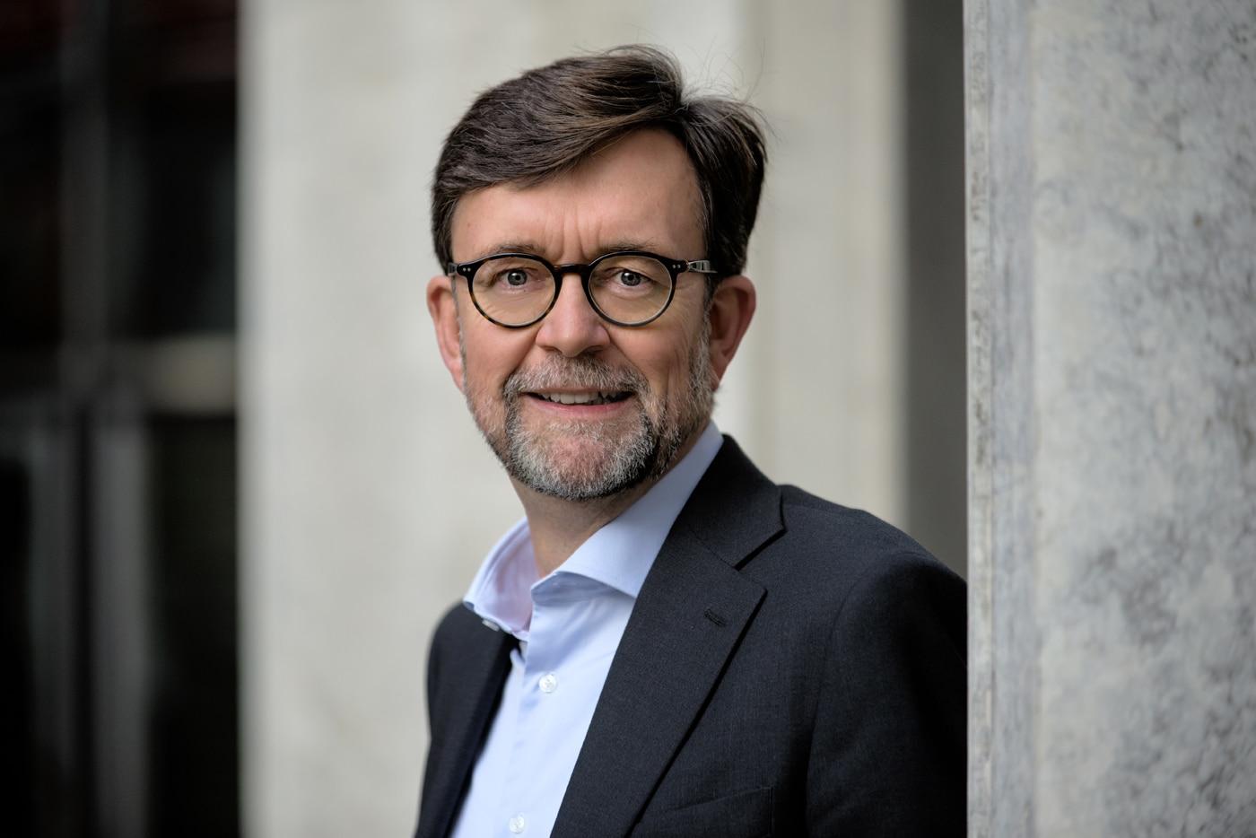 Dr. Jörg Sandvoß