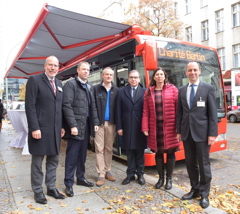 Mobiler Impfbus für Berlin-Pressetermin