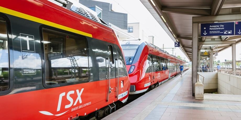 RSX am Bahnsteig