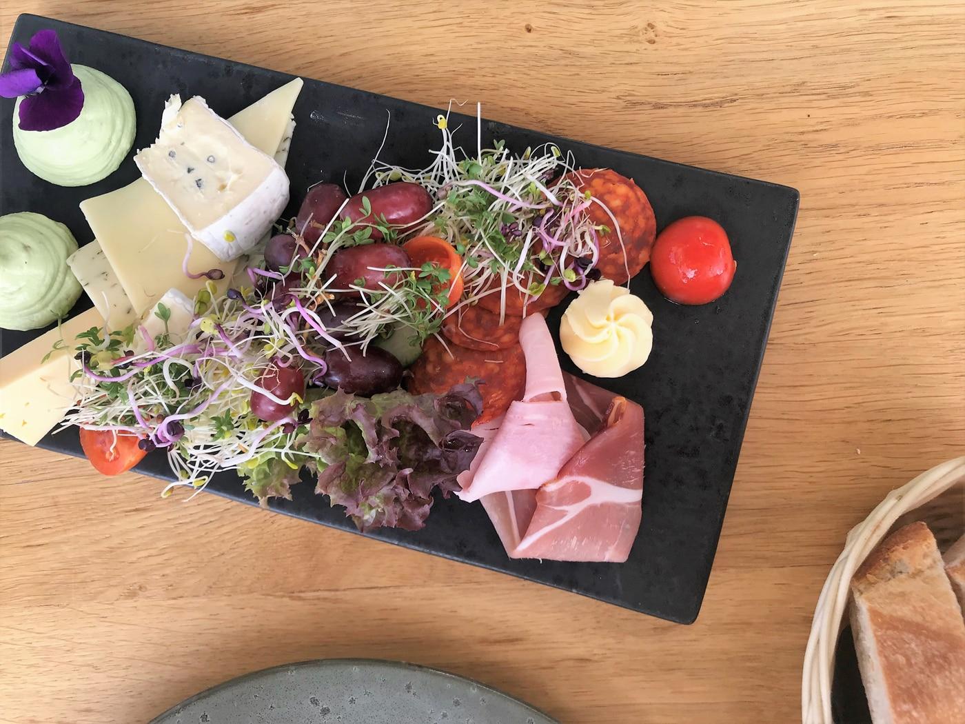 Frühstück im elliot's Café
